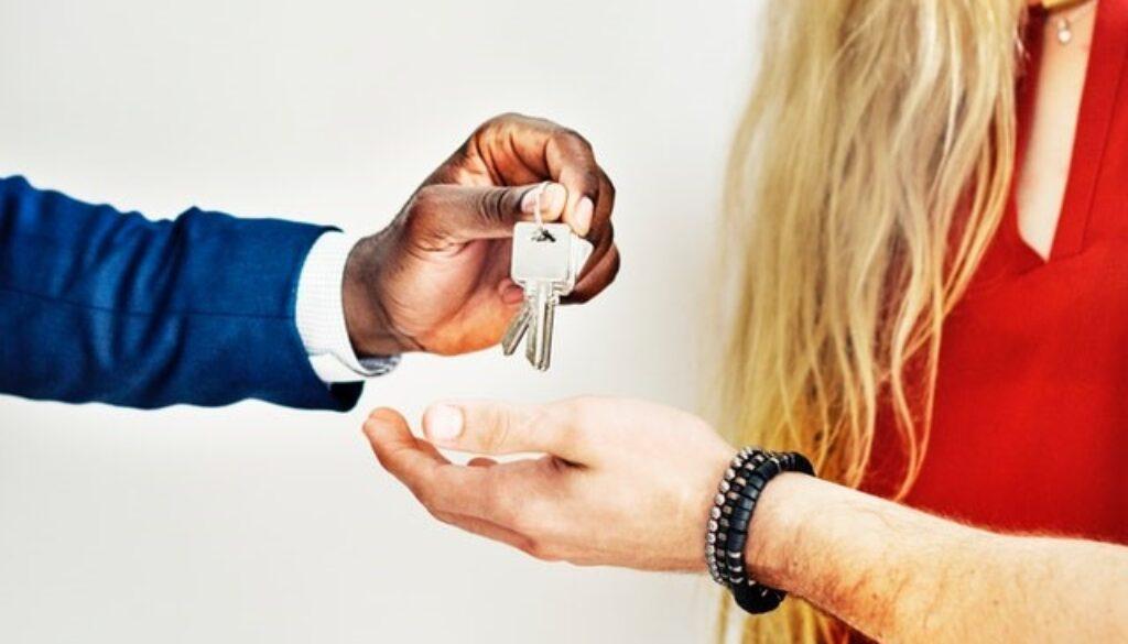 Bliv studieklar – find en bolig inden studiestart og undgå bolighajerne